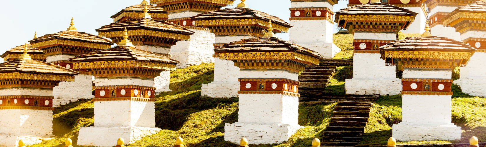 5 Night 6 day Best of Bhutan tour, Tour in Bhutan, The tour leads you to Paro and Thimpu, capital city of Bhutan. Visiting Thimpu Valley has its own uniqueness blend with culture and natural beauty. The Himalayan flight to Paro and visit to Taktsang Monas