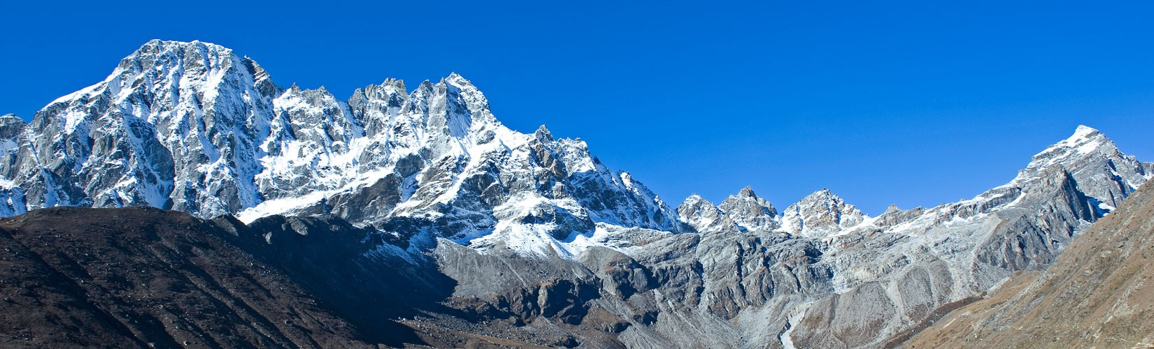 Gokyo Lake Trek with Everest Base Camp