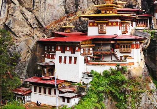 Bhutan Encompassed Tour